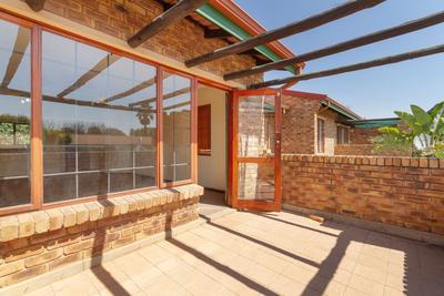 Property For Rent in Bromhof Ext, Randburg