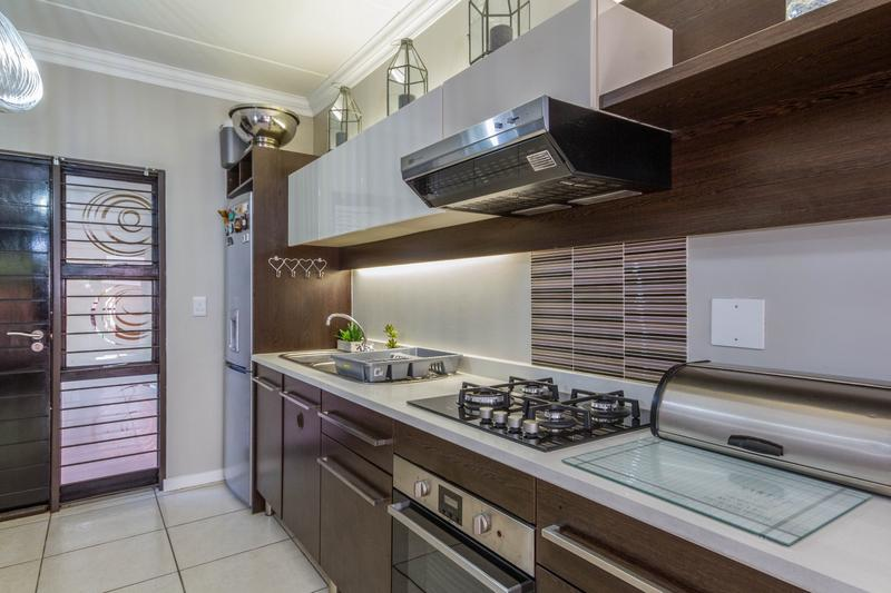 Property For Sale in Douglasdale, Sandton 15