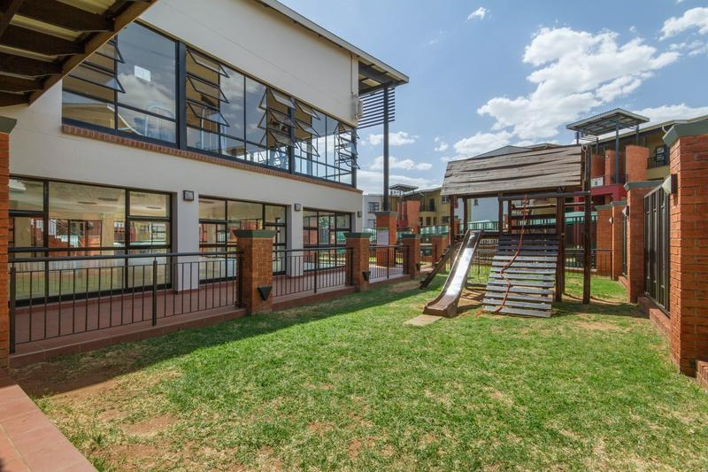 Property For Sale in Douglasdale, Sandton 20