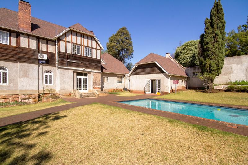 Property For Rent in Houghton Estate, Johannesburg 15