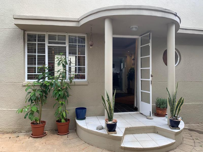 Property For Rent in Greenside, Johannesburg 1