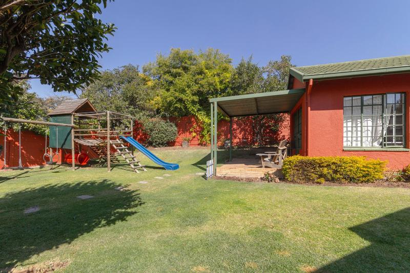 Property For Sale in Randpark Ridge, Randburg 27