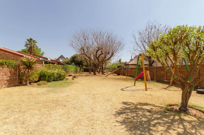 Property For Rent in Bromhof Ext, Randburg 20