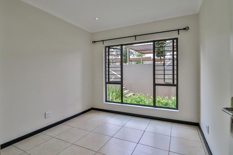 Property For Rent in Barbeque Downs, Midrand 8