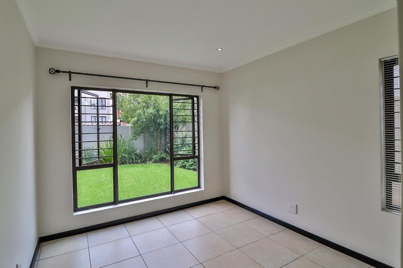 Property For Rent in Barbeque Downs, Midrand 10