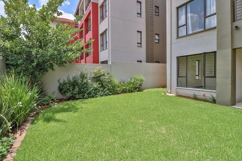 Property For Rent in Barbeque Downs, Midrand 2