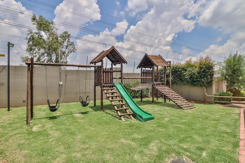 Property For Rent in Barbeque Downs, Midrand 15