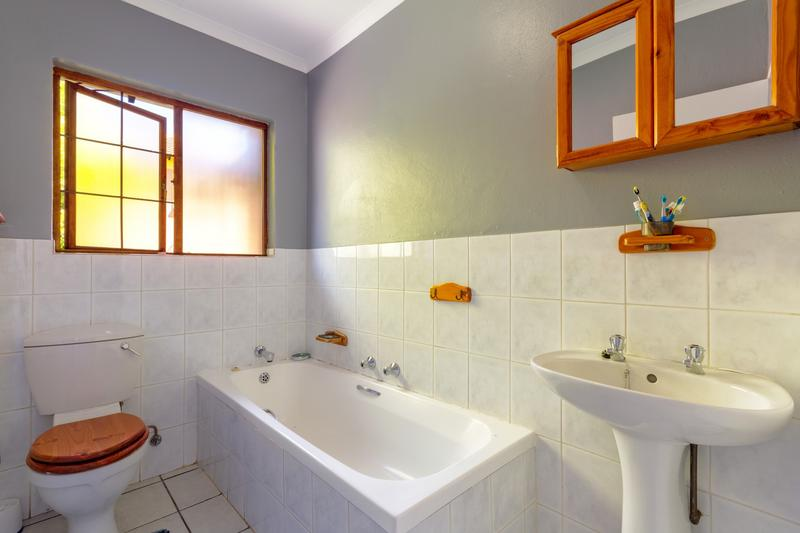 Property For Rent in Radiokop, Roodepoort 16